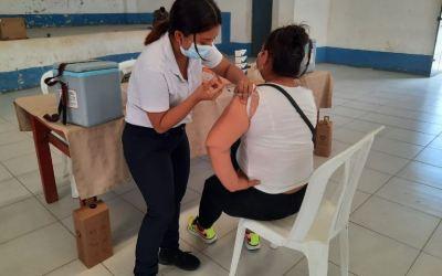 ¿Cuál es el resumen de la vacunación en Guatemala?