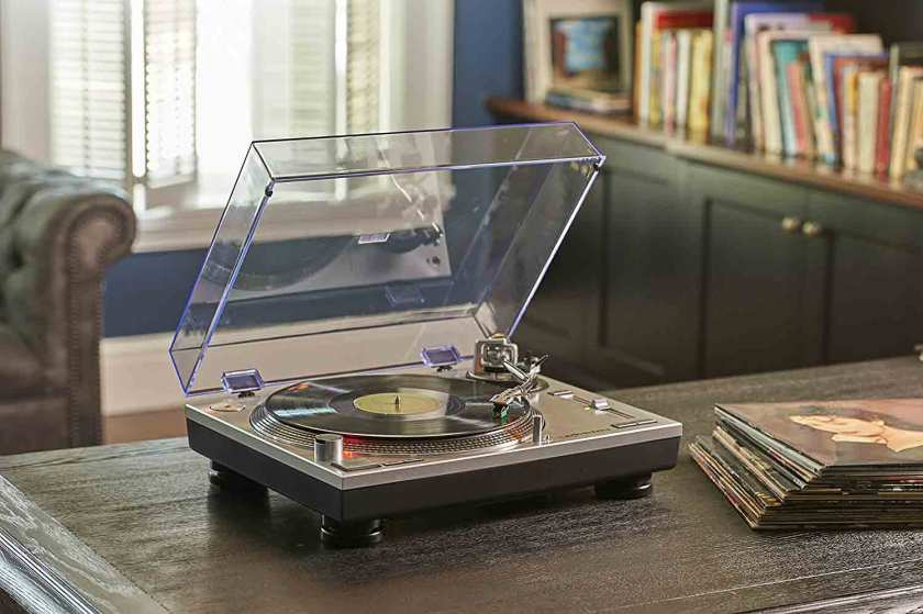 Audio-Technica-AT-LP120-USB-Direct-Drive-Professional-Turntable