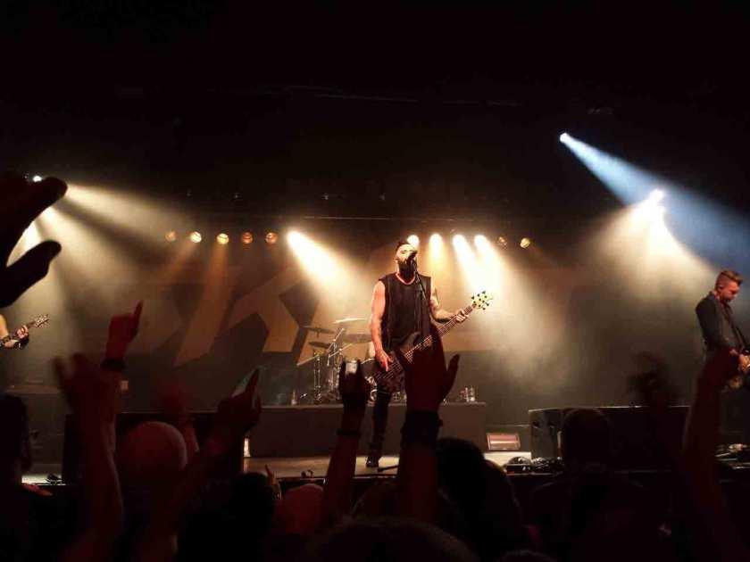 Performing-Songs-Using-Guitar