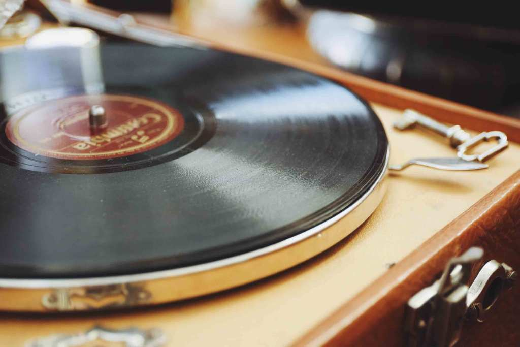 Best Record Player Under 100 – Buyer's Guide