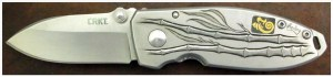 CRKT_Burnley_Squid_Bamboo_Knife_Tutorial_16