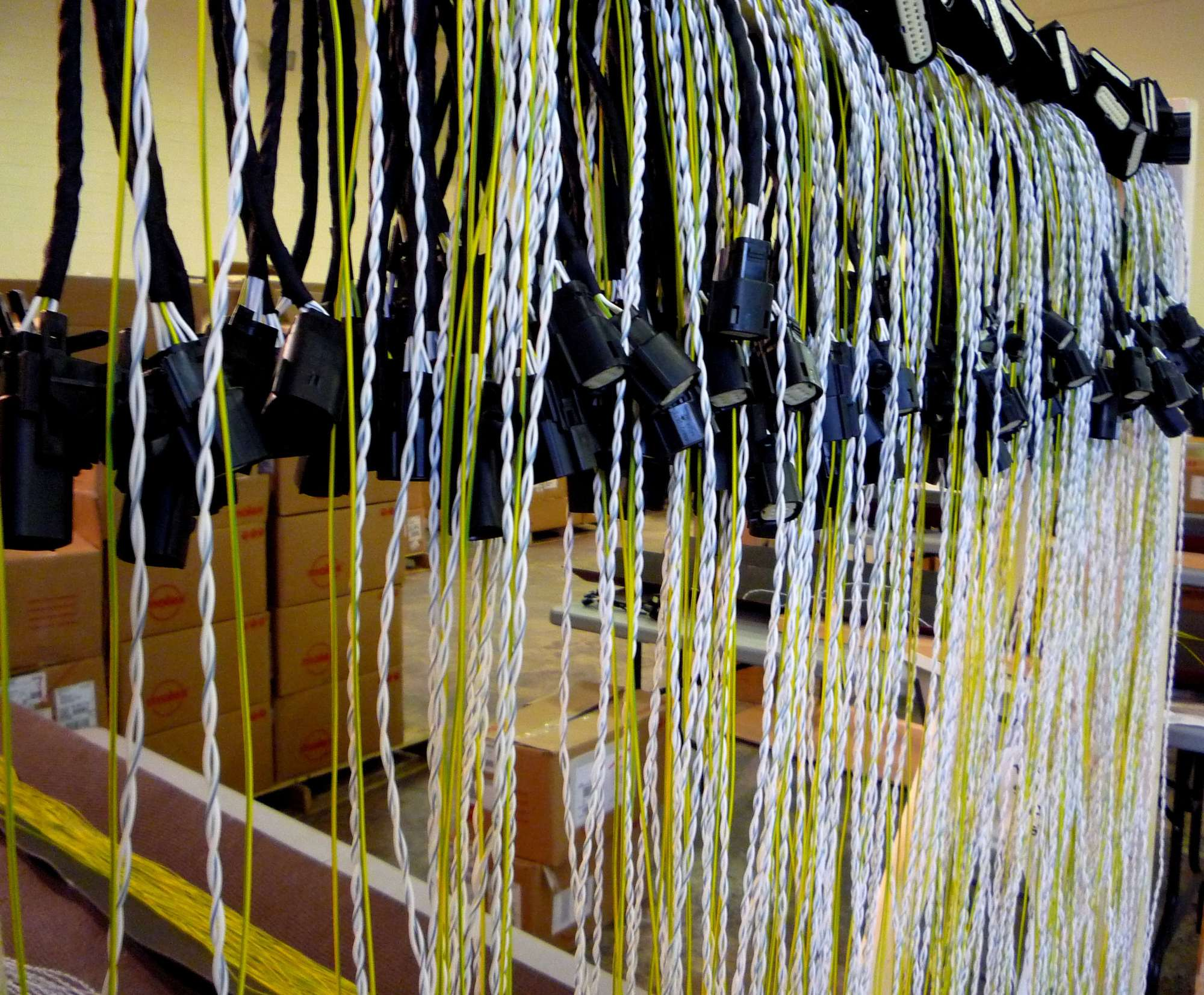 hight resolution of twisted wire harness in production