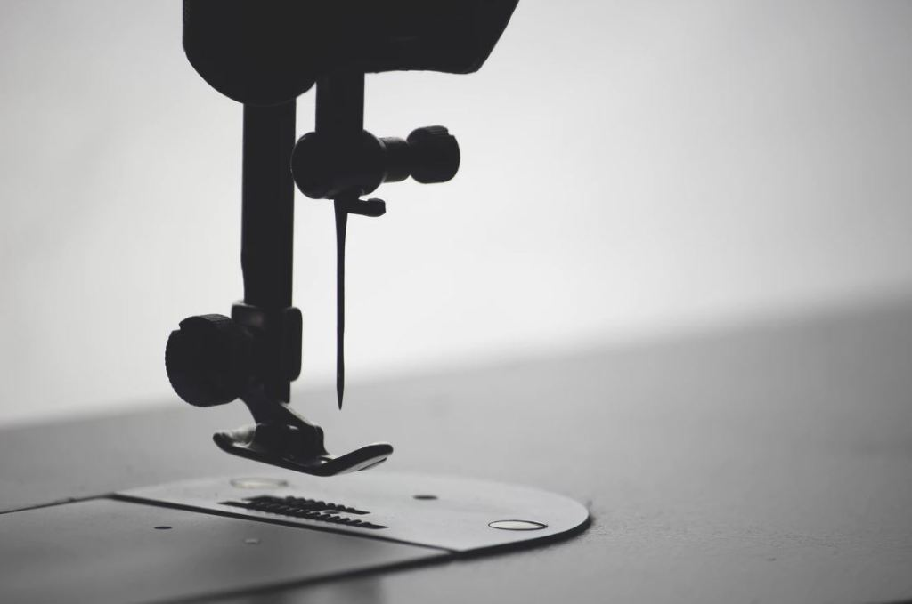 This Is How To Draw A Simple Sewing Machine