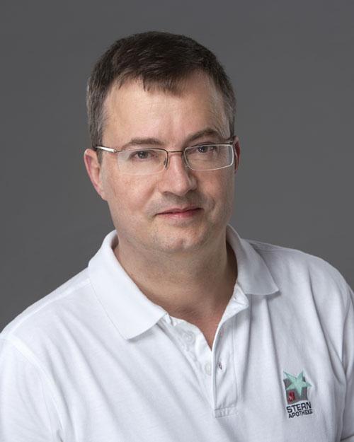 Dr. Stefan Müller   Apotheker / Inhaber