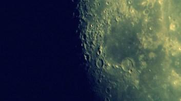 Das Mare Humorum mit dem Krater Gassendi