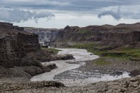 The canyon at Dettifoss