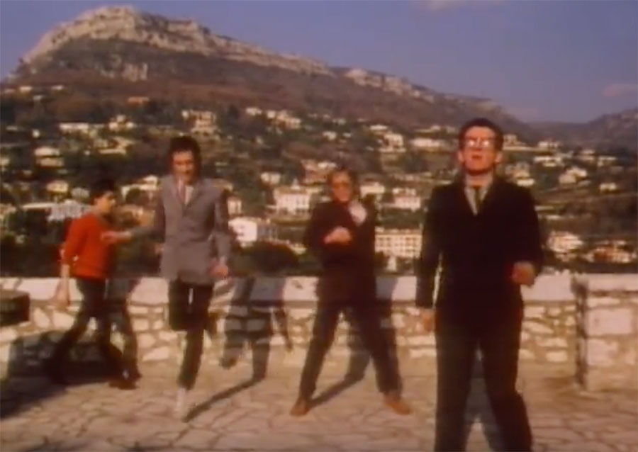 Steve and Carole in Vence - Elvis Costello & The Attractions - I Can't Stand Up For Falling Down - Belvédère Fernand Moutet