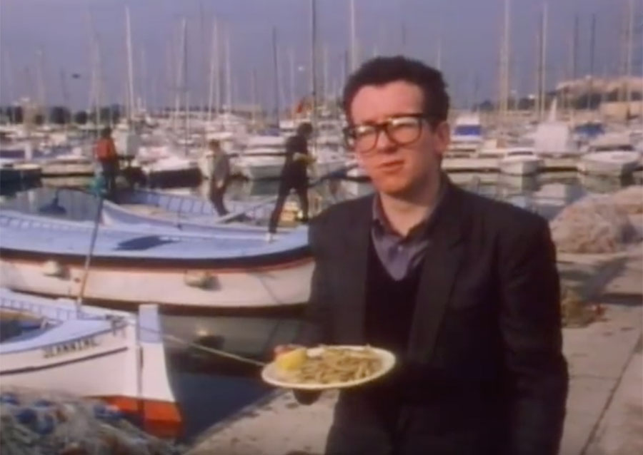 Steve and Carole in Vence - Elvis Costello & The Attractions - I Can't Stand Up For Falling Down - Port Antibes