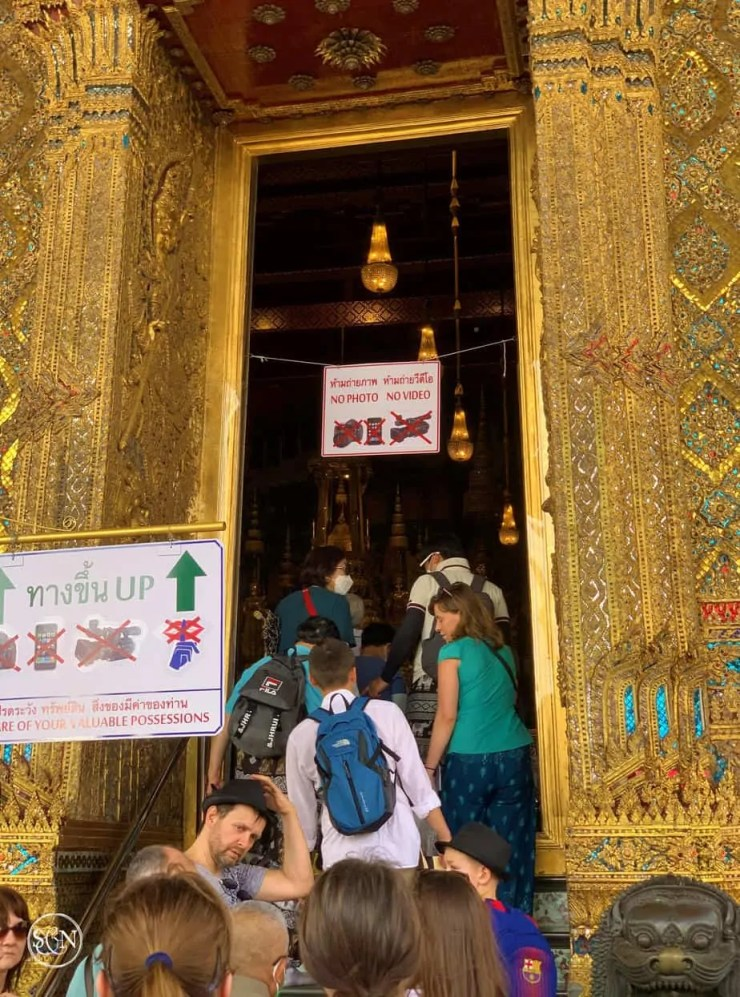The entrance to the Emerald Buddha temple