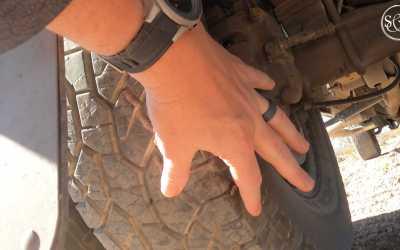 Flat tire in the desert- cupcake Chronicles E19
