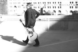 sb-roof-guitar