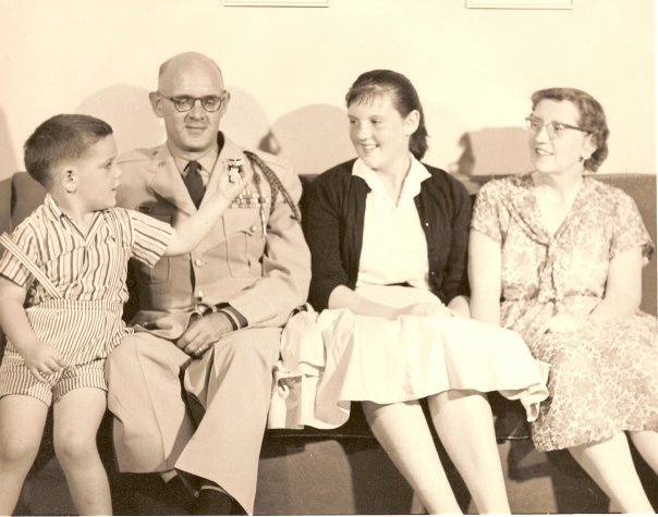 Chaplain Frank Arnold about a decade after the war with son Frankie, daughter Jean and wife Florence.