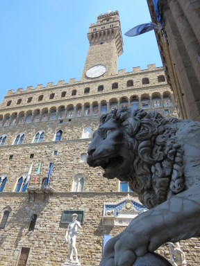 Florence: Lion Not Thinking Outdoor David is that Big of a Deal, Piazza della Signoria.