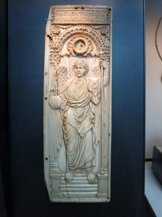 London: British Museum, Byzantine ivory diptych, AD 525-550.