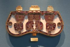 London: British Museum, Sutton Hoo ship burial (early AD 600s), Gold buckle & strap fittings.