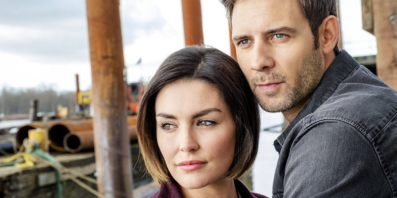 First look at Hallmark Channel's 'The Art of Us' – Production Stills