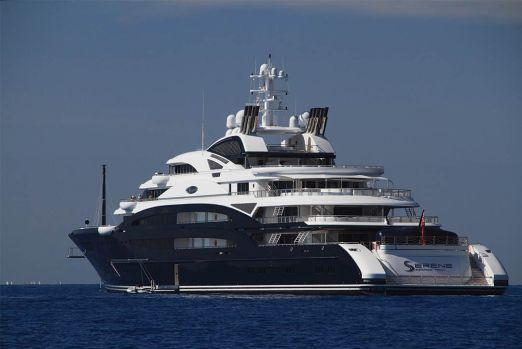 mega-yacht-03
