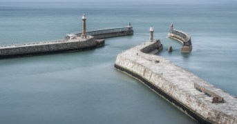 3_Gateway_to_Whitby_Harbour