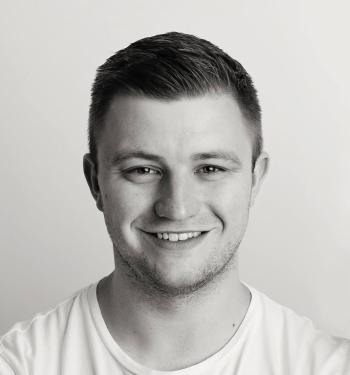 https://i0.wp.com/stevenmaddison.co.uk/wp-content/uploads/2018/09/Full-Headshot.jpg?resize=350%2C375