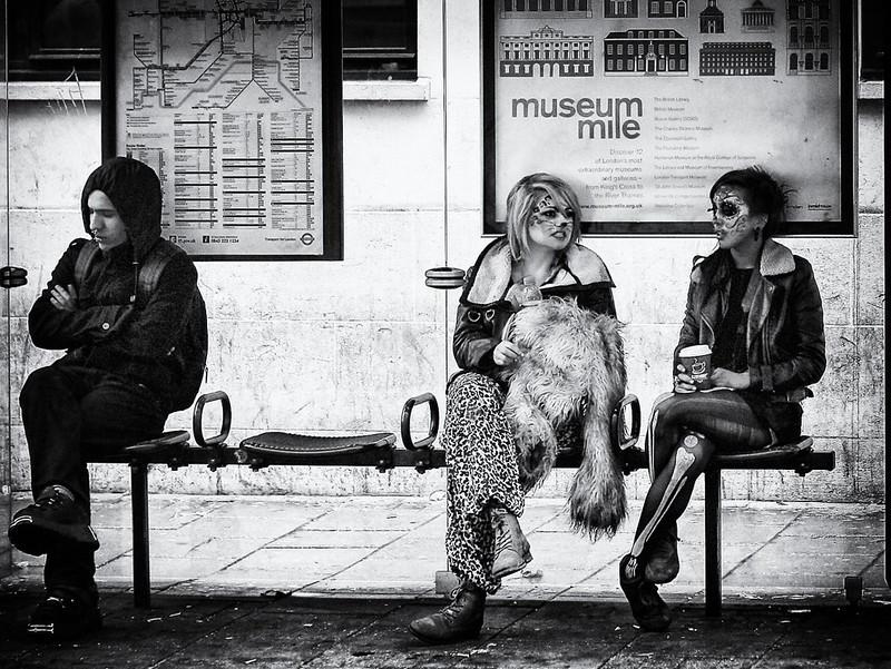 Waiting - London Session 2010 by Davide Gabino