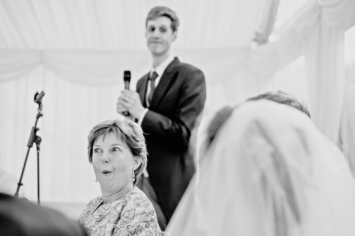 reaction of tilly's mum during the best mans speech