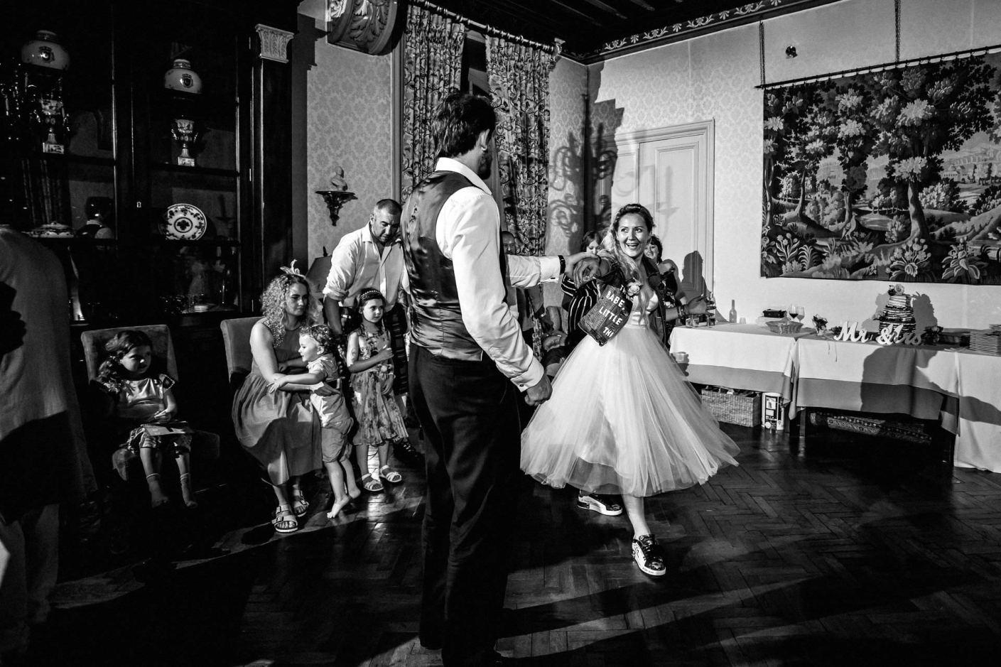 dancing, bride in denum