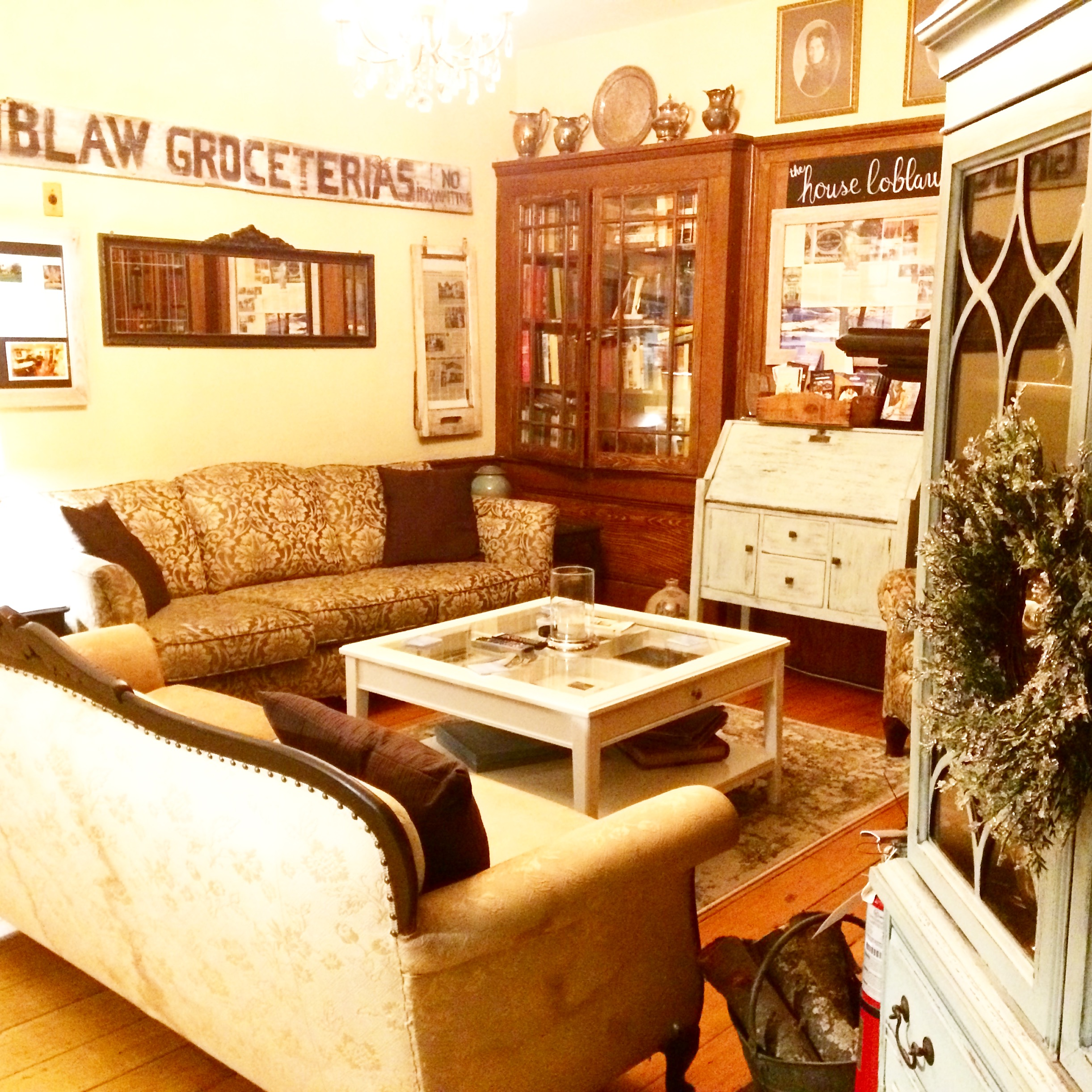 living room theater drink menu furniture arrangements for small rooms stevenson farms and harvest spa a boutique country b which offers historically appointed guest heritage banquet hall private movie theatre fully licensed bar full service organic day