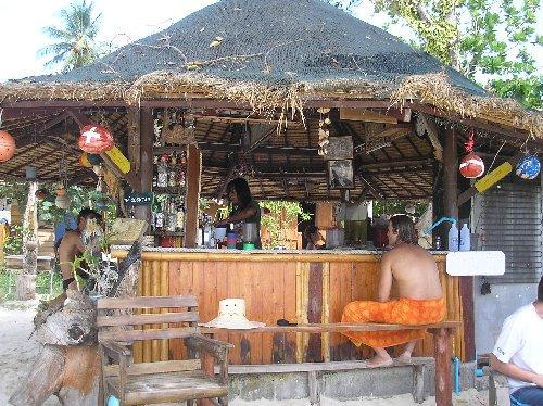 124724-beach-bar-phi-phi-thailand