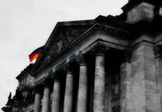 Photo of the Reichstag Building, Berlin, Germany.   16-Apr-00.