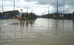 Floods Submerge South Thailand (5/6)