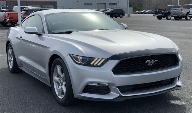2017 silver mustang