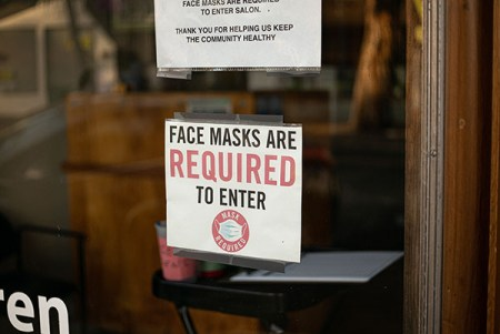 mandatory masks in stores