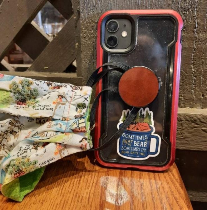 Your Phone Pop can hold your face mask - My wife showed me this cool hack for holding your face mask with a Pop that you have attached to your phone or tablet. #Pop