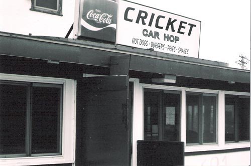 Cricket Car Hop, Stratford, Conn. (1)