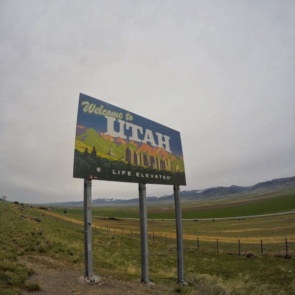 Photo of the utah state sign
