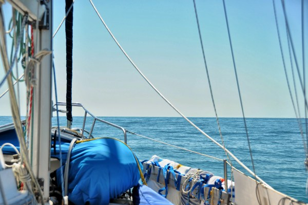 Photo of a sailboat in the Gulf of Mexico near st. Petersburg