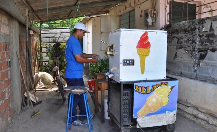 photo of a local ice cream street vendor in nueva gerona, cuba by stevie vagabond