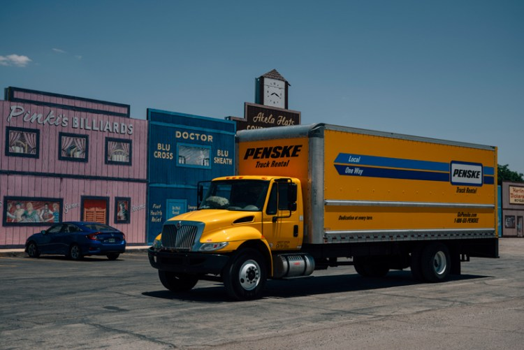 Photo of a Penske truck in New Mexico.