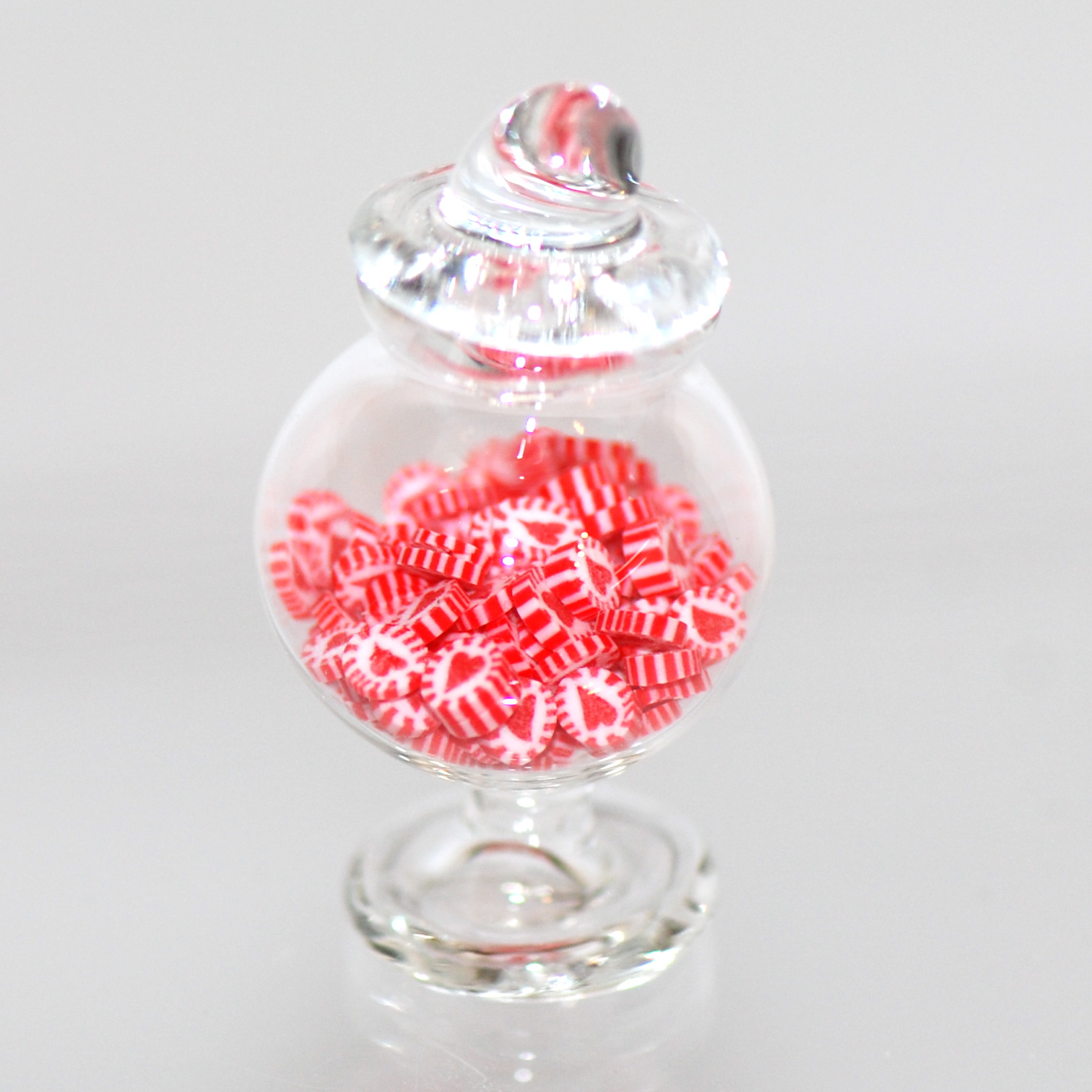 Cute Hristmas Wallpaper Glass Candy Jar Full Of Heart Candies Stewart Dollhouse