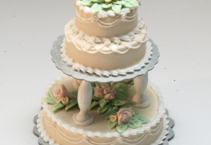 Ecru 3 Tier Wedding Cake Wpink Roses Stewart Dollhouse Creations