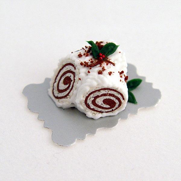 White Christmas Yule Log Cake Wberries Stewart