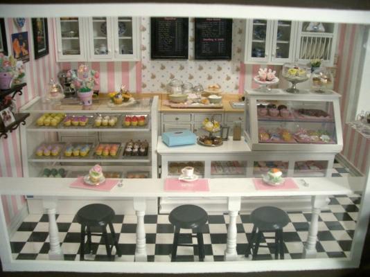 Cupcake Shop 6  Stewart Dollhouse Creations
