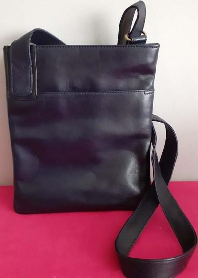 Jobis Leather Crossbody Bag