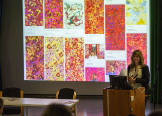 Dr Neuberg talks about 'Painting into Textiles', 2016