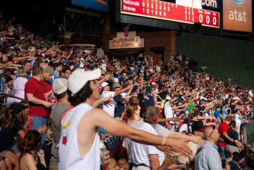 Tomahawk Chop Atlanta Braves