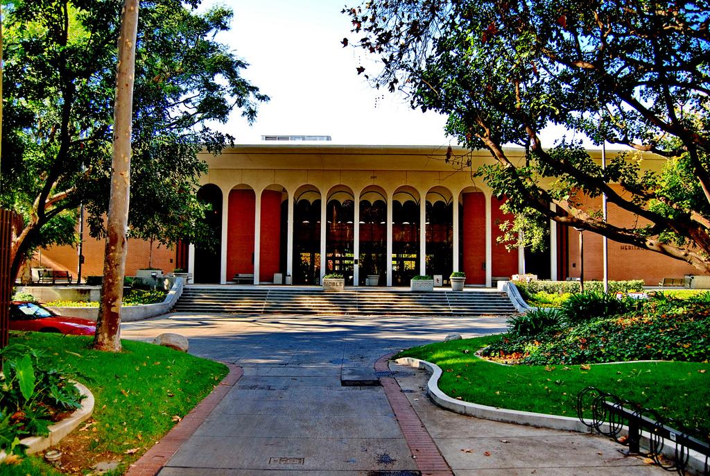 Heritage Hall USC Trojans