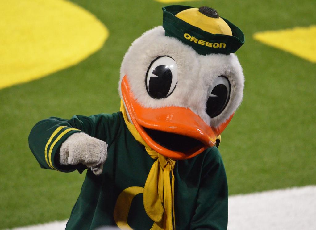 Duck Fist Bump Oregon Ducks