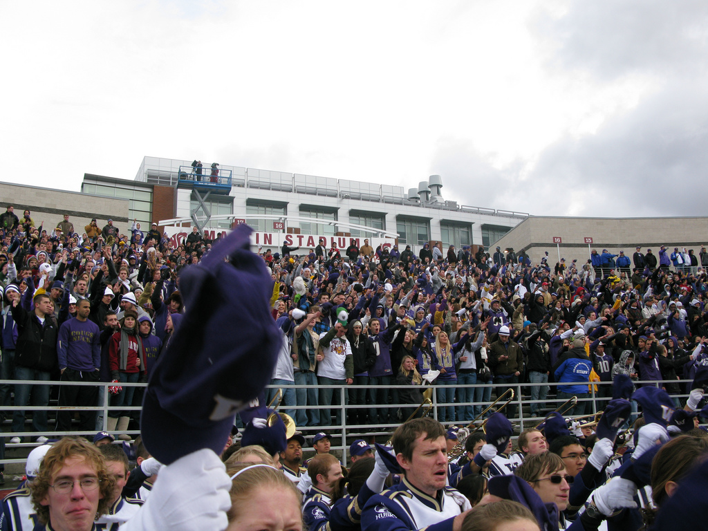 Washington Huskies football fans