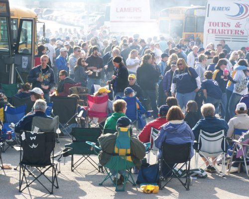 Milwaukee Brewers tailgating area school buses