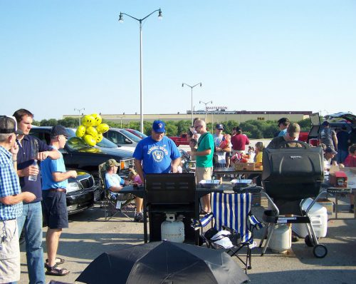 Milwaukee Brewers barbecue tailgate